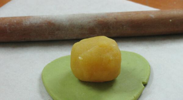 Hướng dẫn cách làm bánh Trung Thu Trà Xanh 6